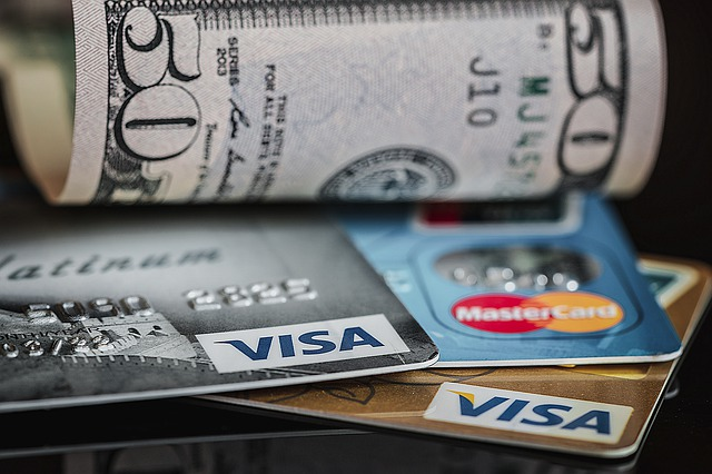 kreditky a peníze